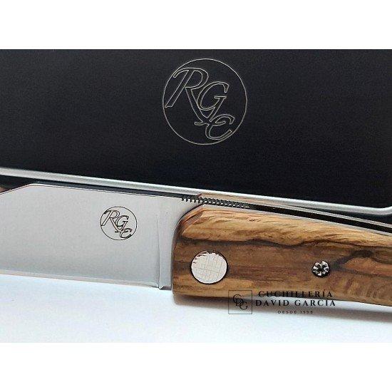 RGC 1800 series penknife Unique Centennial Oak piece